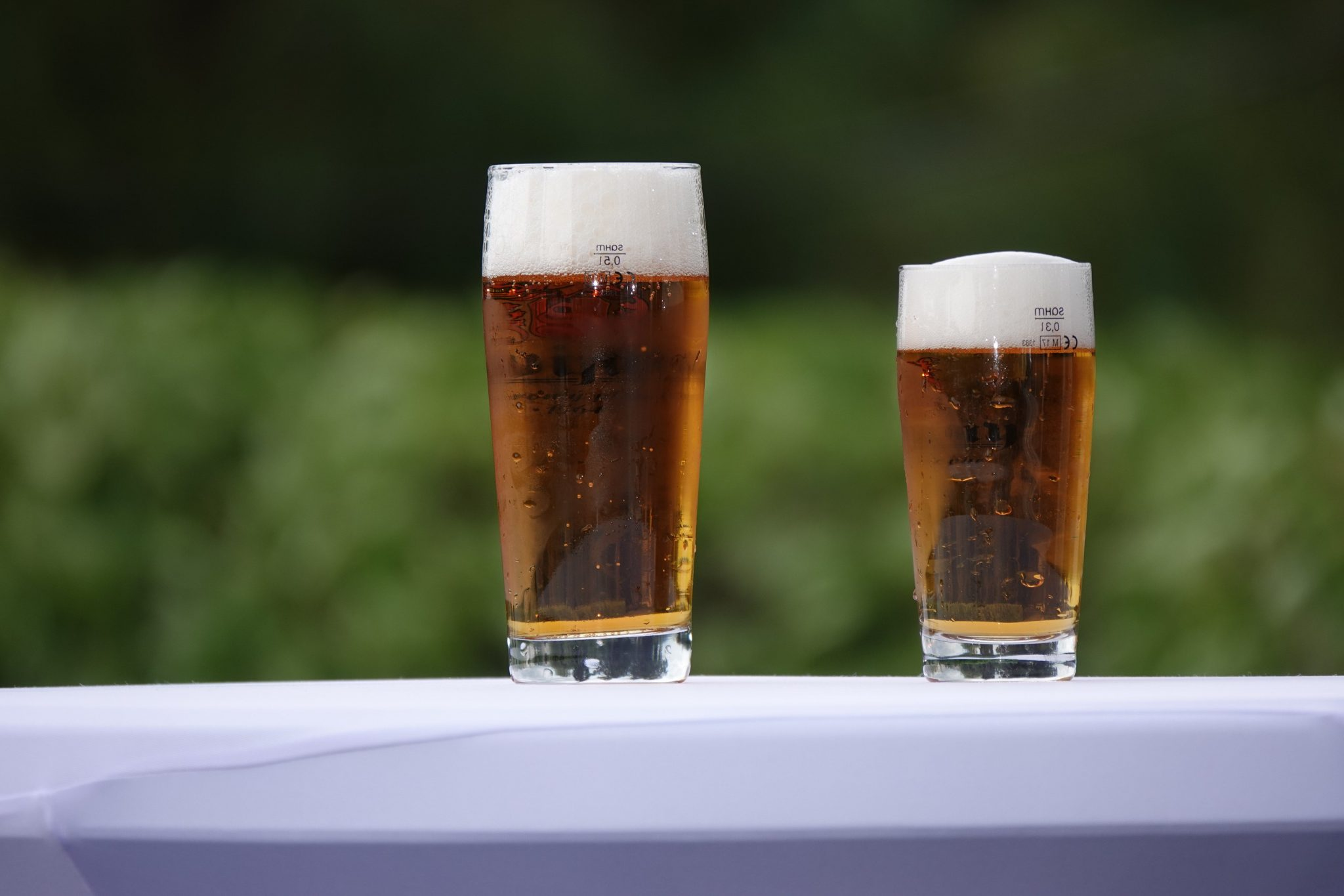 2 beer glasses, how to reduce drinking